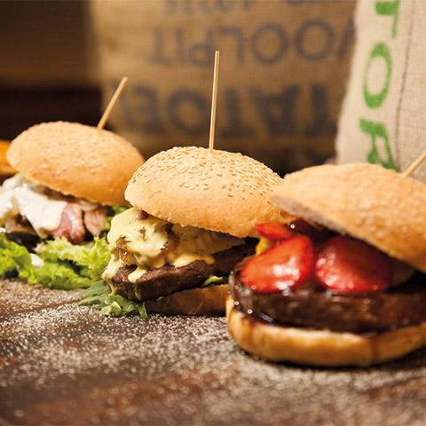 02.ssstendhal ocio burger club the black turtle