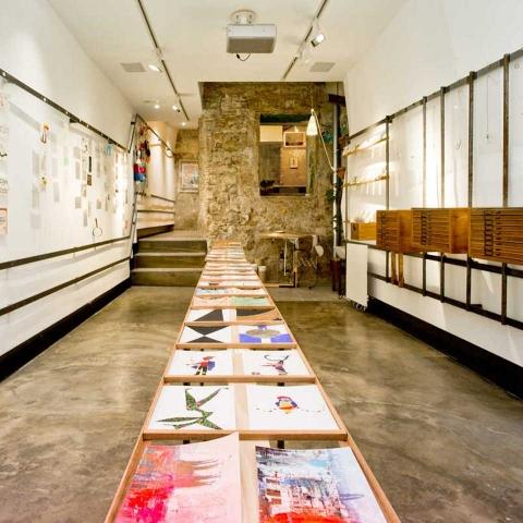 ssstendhal arte galerias la place 01