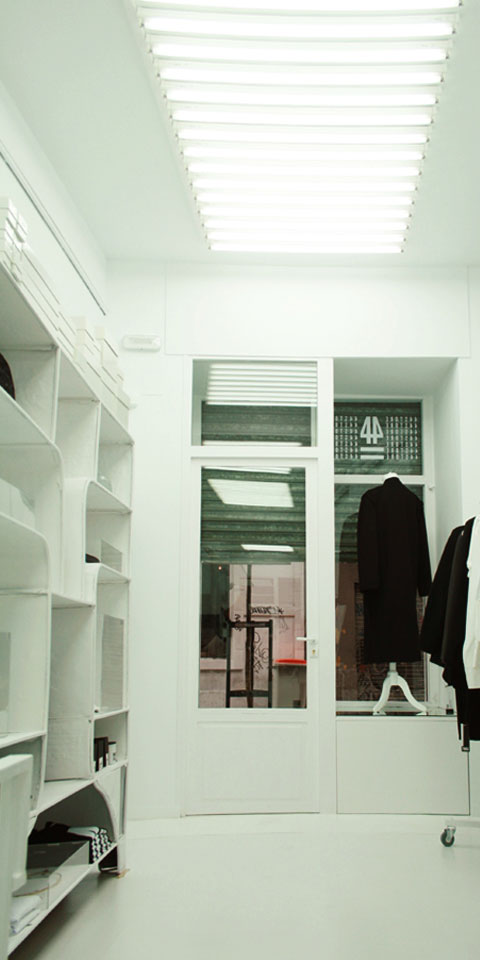 ssstendhal moda 44 studio 02