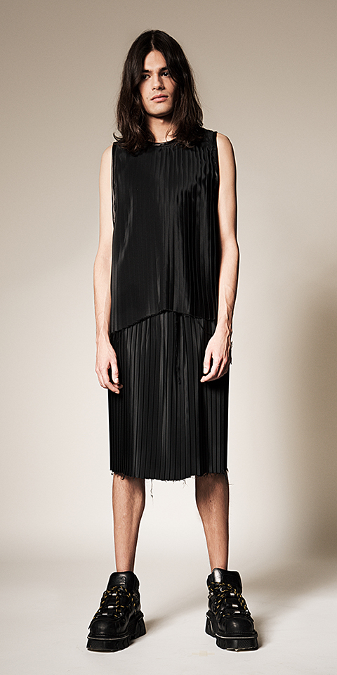 ssstendhal moda hei black 02
