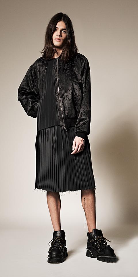 ssstendhal moda hei black 04
