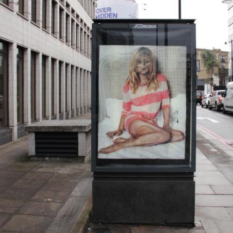 ssstendhal arte vermibus desdibujando la belleza moniker art fair street intervention 2012 xar lee1